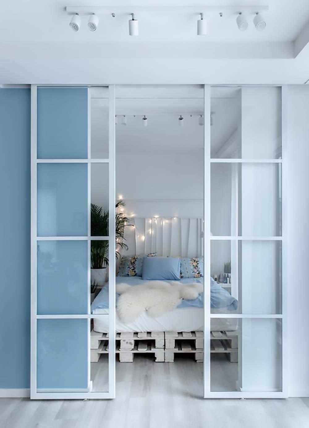 Двустворчатая раздвижная дверь Loft из закалённого прозрачного стекла