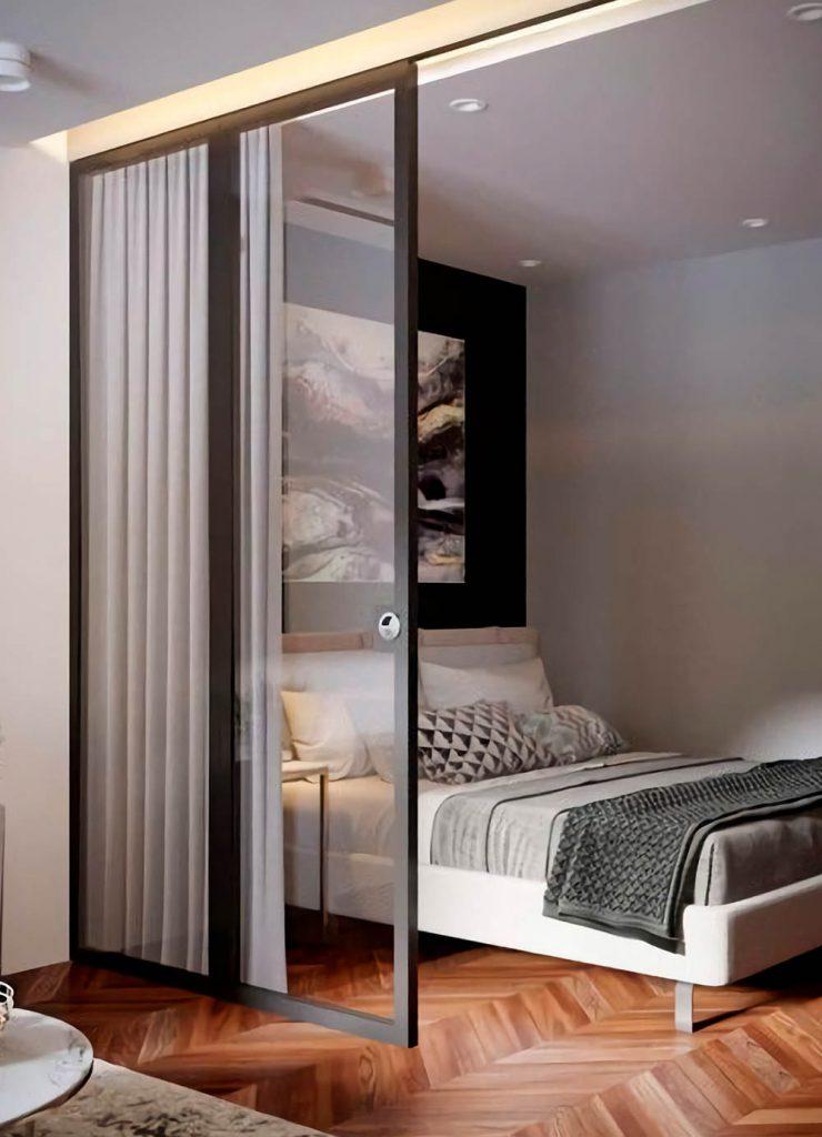 Одностворчатая раздвижная дверь Лофт с прозрачным закалённым стеклом