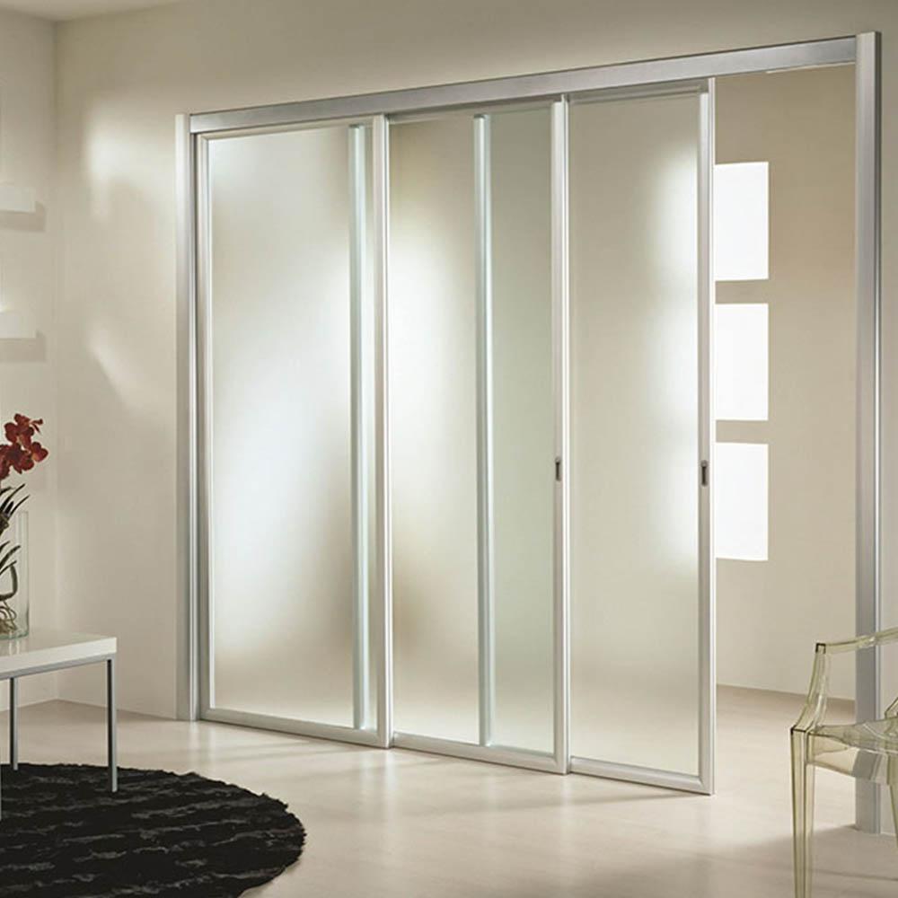 Трехстворчатая раздвижная дверь Loft со стеклом матовый Сатин